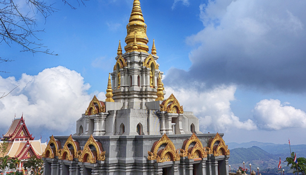 Outstanding attractions on the top of Doi Mae Salong